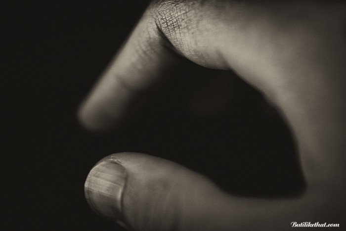 My Hand BW 03 700x467 Close up Photography