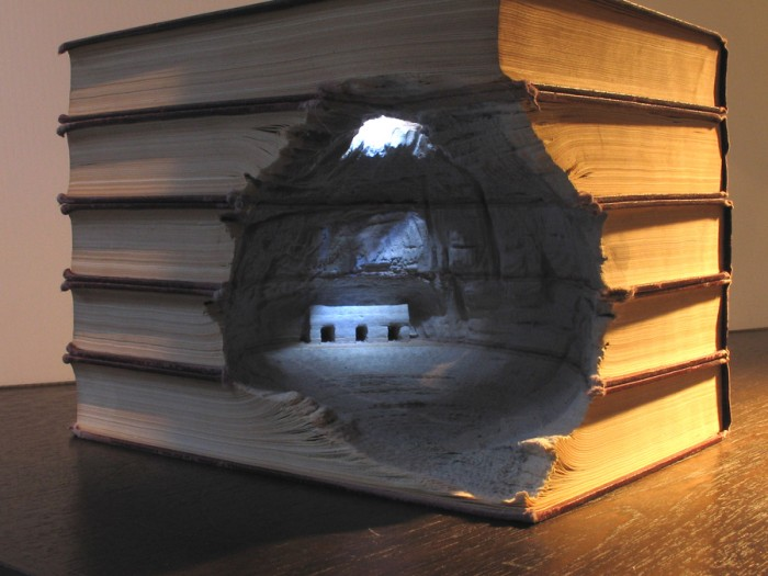 Book caving GUY LARAMEE 01 700x525 Book Carving