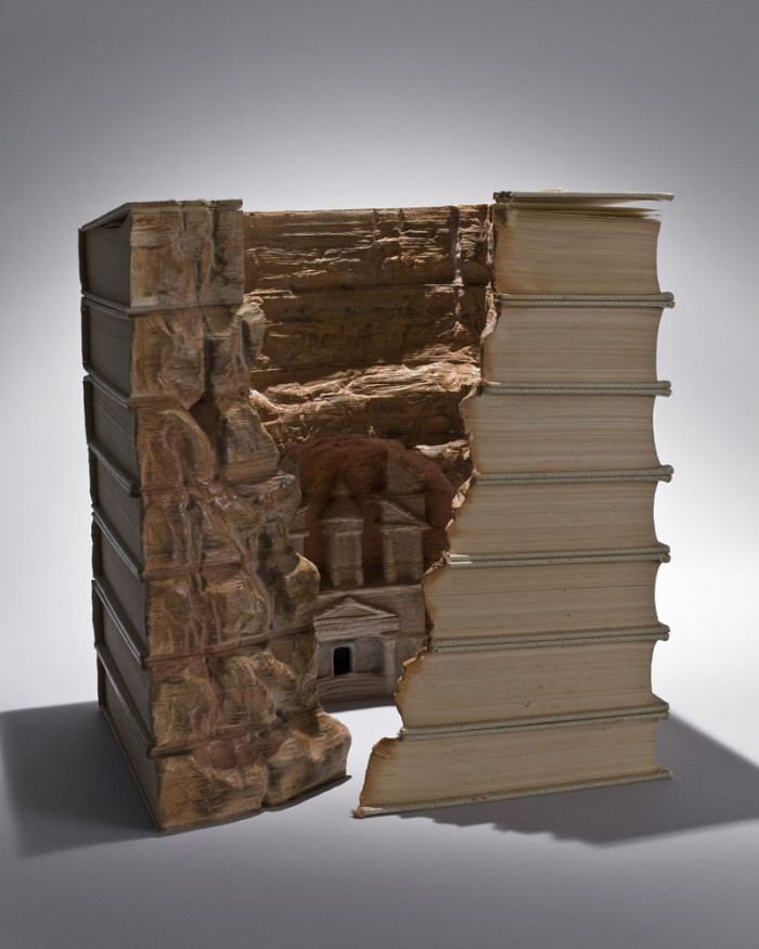 Book caving GUY LARAMEE 04 700x875 Book Carving