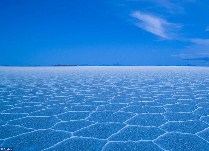 Bolivia salt flats photography 10 The Worlds Biggest Natural Mirror