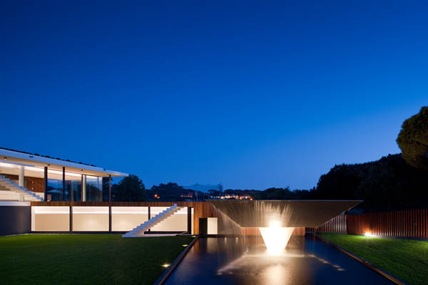 Casa Vale Do Lobo by Arqui+Arquitectura 12 Amazing Infinity Pool