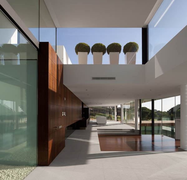 Casa Vale Do Lobo by Arqui+Arquitectura 8 Amazing Infinity Pool