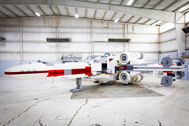X1 An X Wing in New York